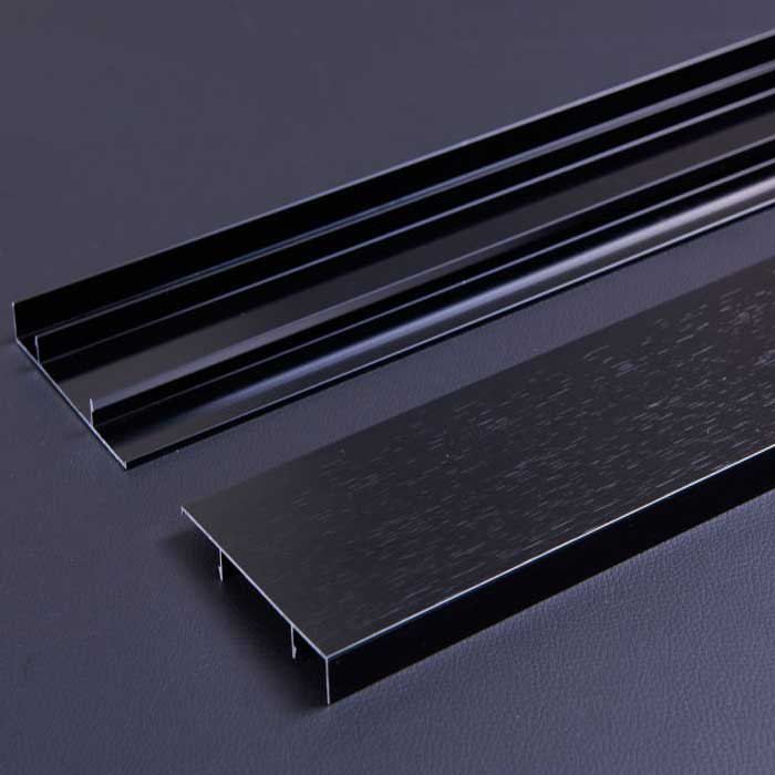 1.0 mm Thick Black Gold Color Aluminum Baseboard