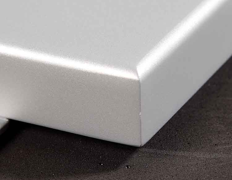 high-quality-aluminum-veneer-hem